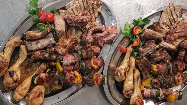 Ristorante Pizzeria Antica Valeriana Grigliata Mista di Carne (Su Prenotazione)