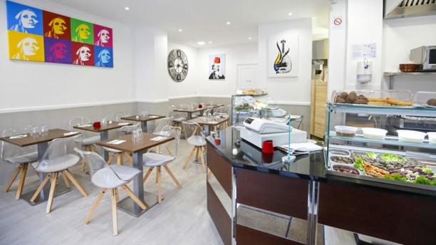 Sarrail Salle du restaurant