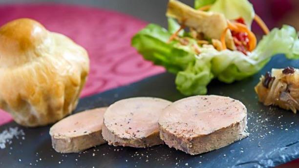 Les Alpes Foie gras mi cuit et son confit d'oignons