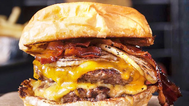 Tuk Burger Bacontente