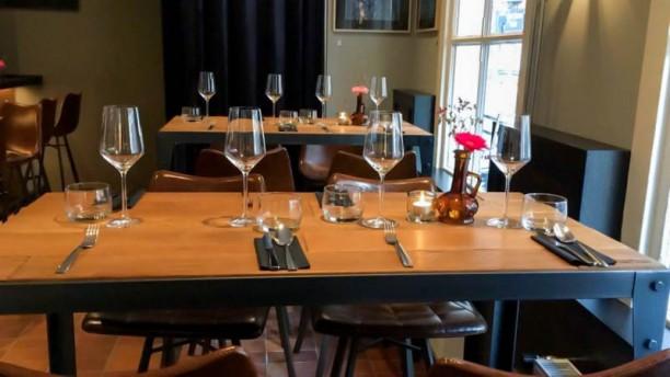 Wijnbar Petit Louis Het restaurant