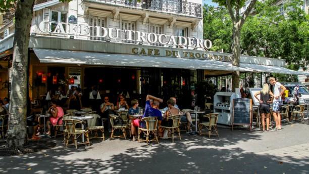 Café du Trocadero Devanture