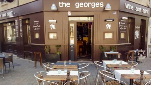 The George's terrasse et façade
