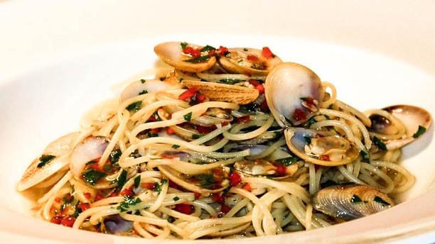 L'osteria Spaghetti con le vongole