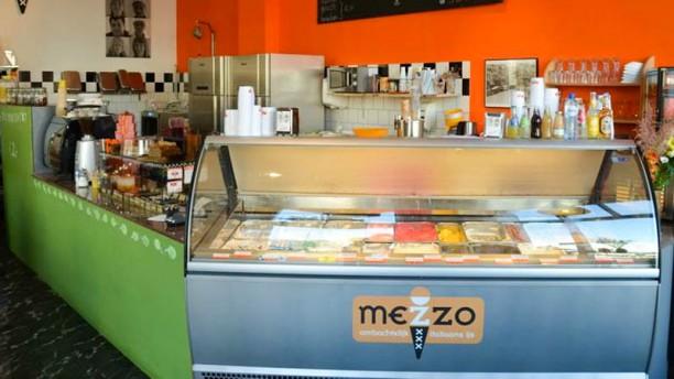 Ijssalon Mezzo Het restaurant