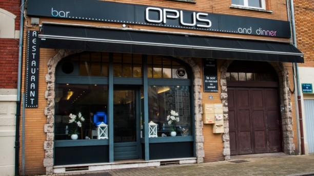 Opus La façade