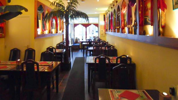 Simla Indiaas Tandoori Restaurant Sittard Restaurant