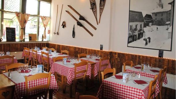 Le ch 39 ti charivari restaurant 3 rue henri lemaire 59300 - Buffalo grill valenciennes ...