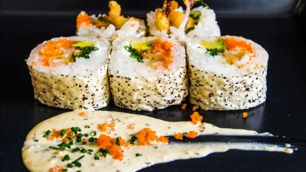 Ikura Sushi Modesto Lafuente Plato
