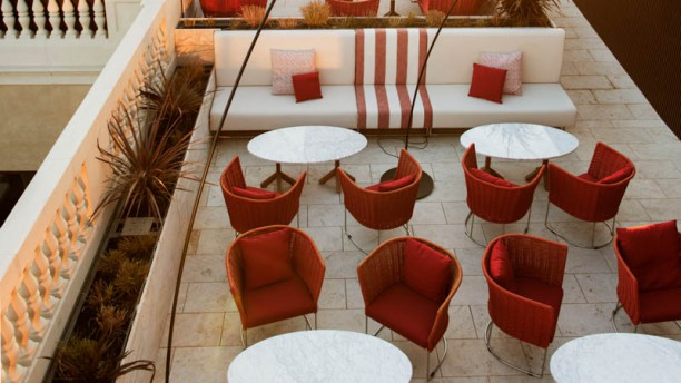 Azimuth Rooftop Terrace And Lounge In Barcelona Restaurant
