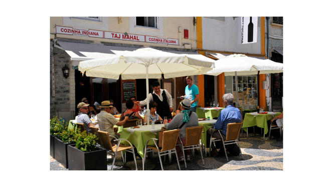 esplanada - Taj Mahal Restaurante Indiano e Italiano, Cascais