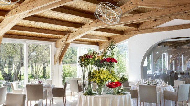 Li Neuli Country Club In San Pantaleo Restaurant Reviews