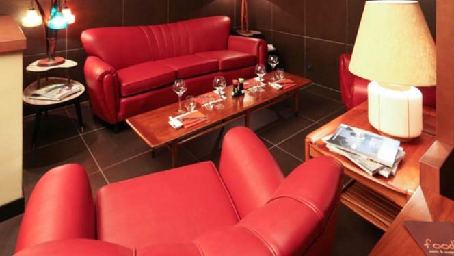 Vista ambiente - Fooding sushi & mozzarella bar, Peschiera Borromeo