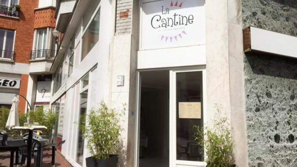 La Cantine 6 place Stalingrad