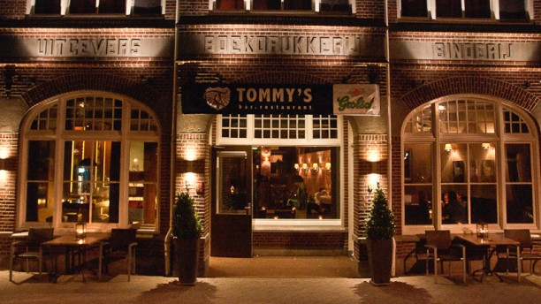 Bar-Restaurant Tommy's Ingang