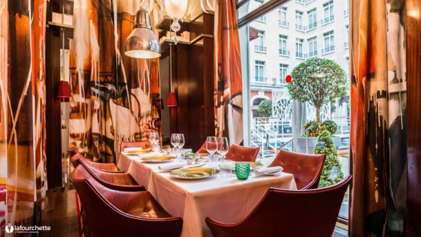 Il carpaccio h tel royal monceau in paris restaurant for Restaurant la cuisine royal monceau