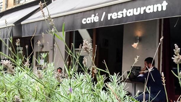 Indo Café Vue devanture