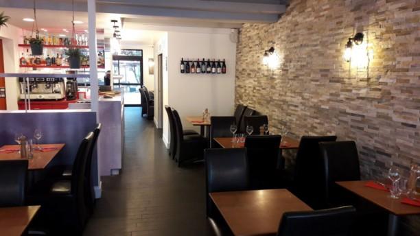 Aux ptits oignons Salle du restaurant