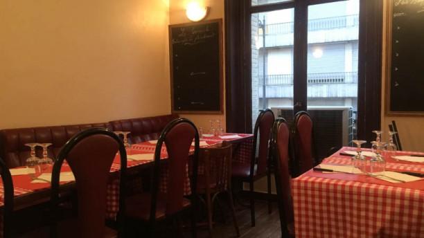 le petit acacia restaurant 58 rue des acacias 75017 paris adresse horaire. Black Bedroom Furniture Sets. Home Design Ideas