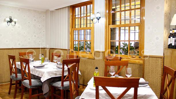 Restaurante Chiva Tapas En Sevilla Nervión Menú