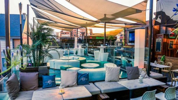 Restaurante Terraza Skyline Lounge En Madrid Cuatro Caminos