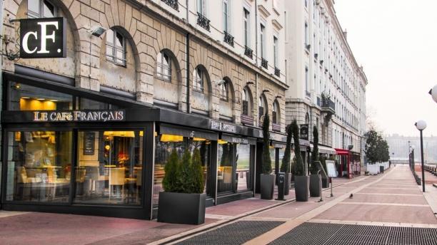 Le Café Français façade