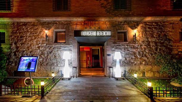 Luz de Led - Hotel Monasterio Benedictino externo
