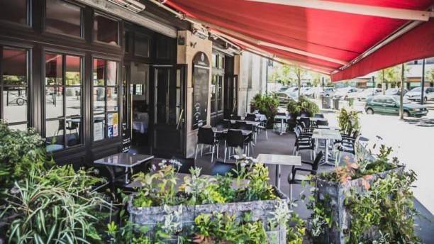 Le Café Bastide La terrasse