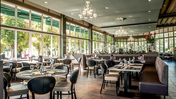 Restaurant le restaurant de la plage l 39 isle adam 95290 for Les materiels de restaurant