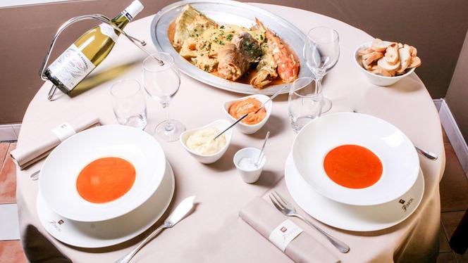 Table dressée et suggestion du chef - Chez Fonfon, Marseille