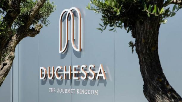 DUCHESSA - The Gourmet Kingdom Devanture