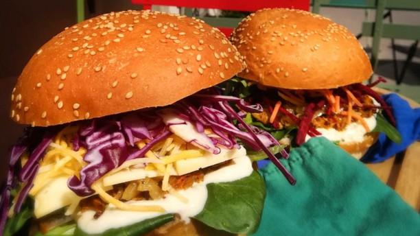 Newtree Cafe Burger végétarien et vegan
