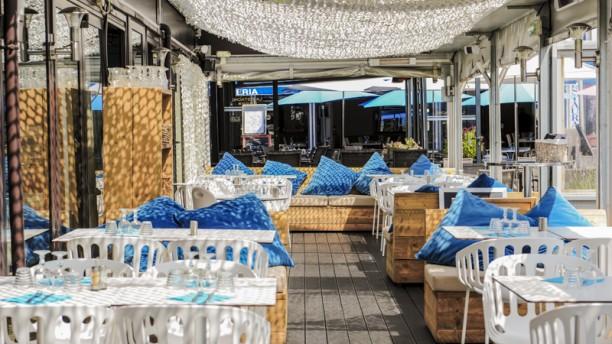 les 2 soeurs in saint cyr sur mer restaurant reviews menu and prices thefork. Black Bedroom Furniture Sets. Home Design Ideas