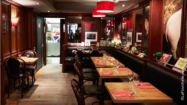 restaurant bistrot du 1er paris 75001 ch telet les halles beaubourg avis menu et prix. Black Bedroom Furniture Sets. Home Design Ideas