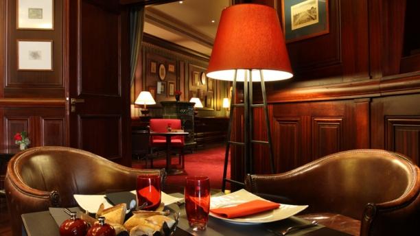 Restaurante le bar signature h tel pont royal en paris - Le verre y table restaurant viroflay ...