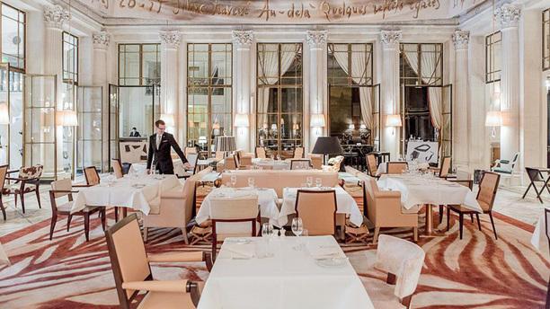 Le Dalí - Hôtel le Meurice - Alain Ducasse Salle du restaurant