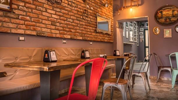 Urban Cafe' Bistro Interno