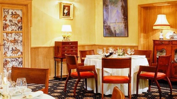 Restaurant Charles Barrier Vue de la salle