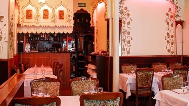 restaurant jaisalmer paris 75020 p re lachaise m nilmontant menu avis prix et r servation. Black Bedroom Furniture Sets. Home Design Ideas