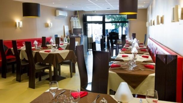 Restaurant Melun Place Jacques Amyot
