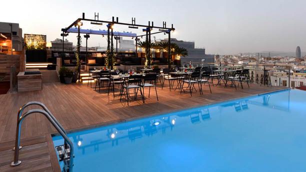 Sky Bar Grand Hotel Central In Barcelona Restaurant