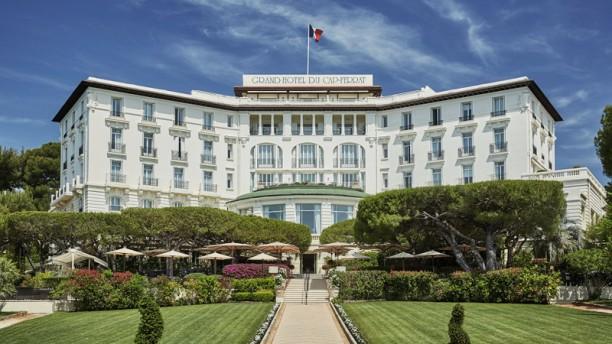 La Véranda - Grand Hôtel du Cap Ferrat, a Four Seasons Hotel Restaurant