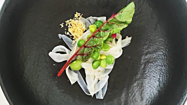 Host Restaurant Tagliatelle di seppia, piselli e nduja