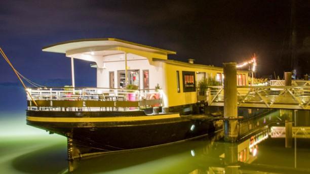 Le Piano Barge Le bateau