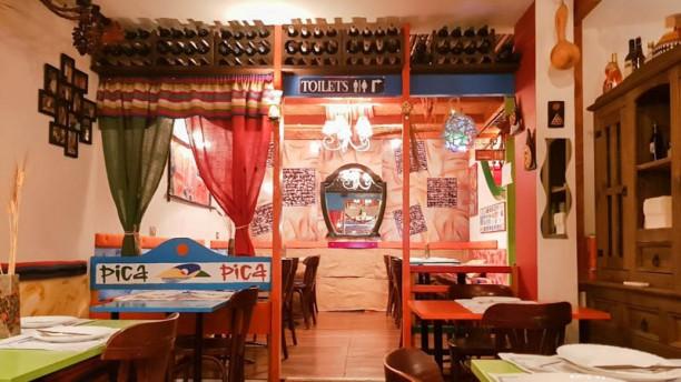 Pica Pica - Mezze &  Tapas Stories Vista sal a