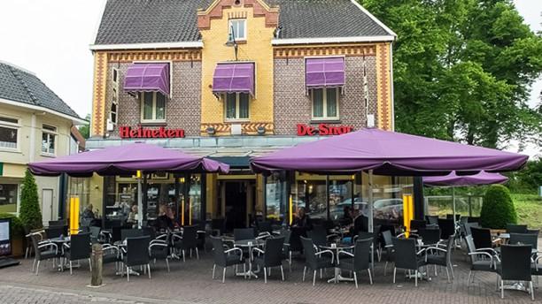 Grand Café de Snor Ingang