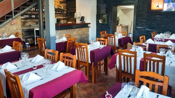 Restaurante Casa Viana do Souto Sala