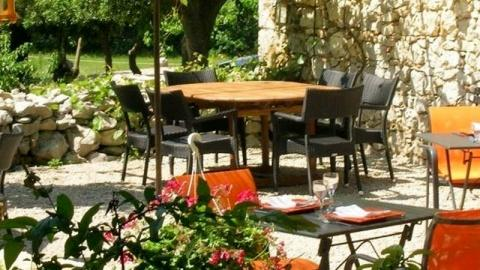 restaurant - Mas de Coulet Auberge - Agonès