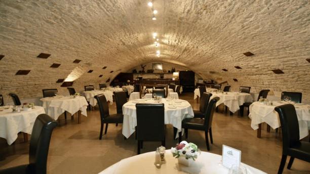 Hostellerie de la Fontaine salle de restaurant