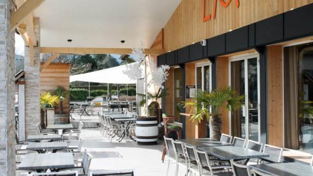 LM - Lac et Montagne Terrasse restaurant lac annecy